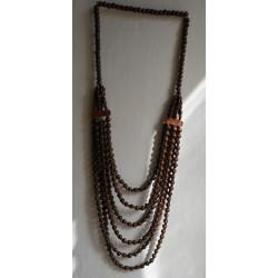 Bohatý etno náhrdelník z dřevěných korálků